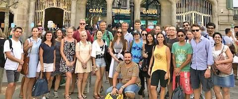 Leer Spaans door culturele activiteiten waaronder een reis langs het modernisme in Barcelona stad